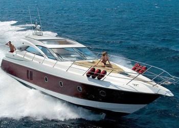 Sessa Marine c52for hire in Ibiza