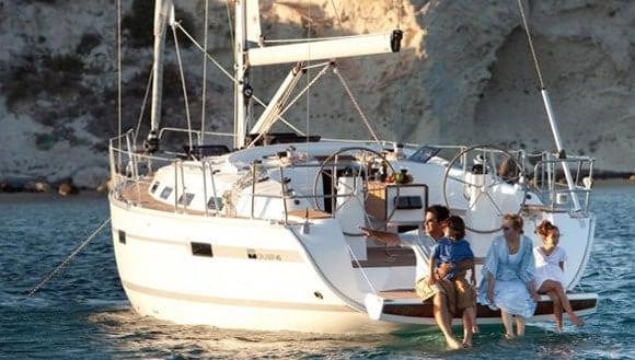 Sailboat Bavaria 40 for hire in Ibiza