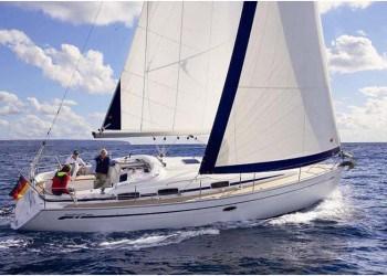 Sailboat Bavaria 37 Cruiser for hire in Ibiza