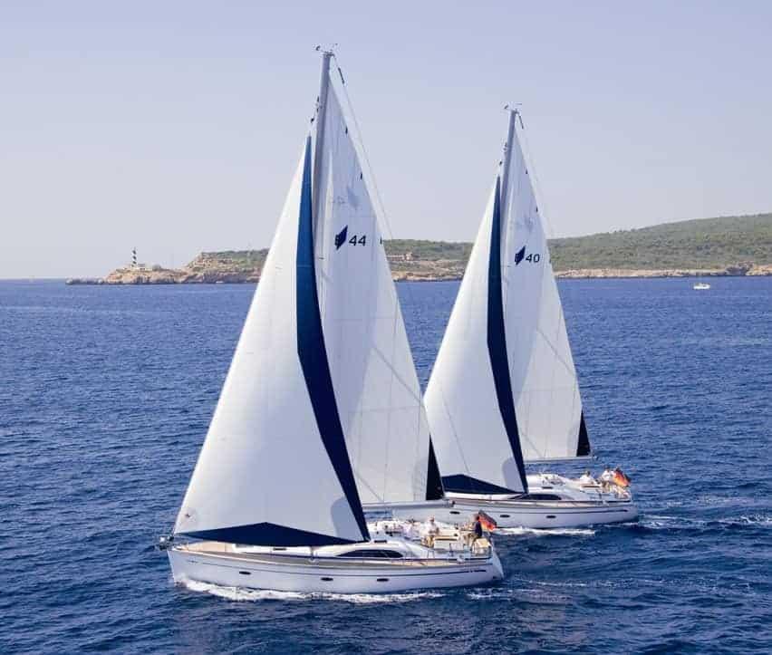 Sailboat Bavaria 44 - IbizaBoats