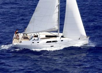 Sailboat Hanse 430e for hire in Ibiza