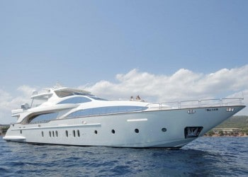 Azimut 116 Yachtfor hire in Ibiza